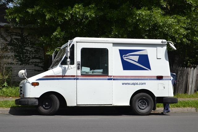 Poštovní vůz