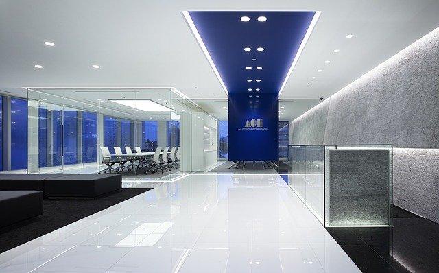 moderní osvětlení v interiéru