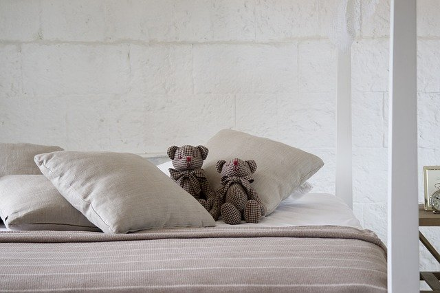 Postel s medvídky
